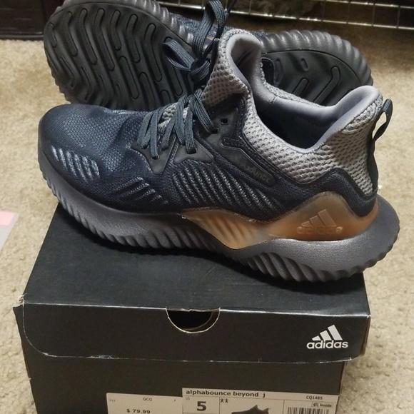 adidas Shoes | Adidas Alphabounce